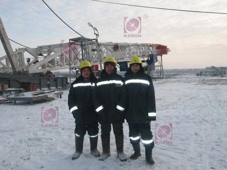 This pic shows KOSUN's after-sale technicians,working for the Orenburgskaya Oblast Project,on the site of drilling the first well.